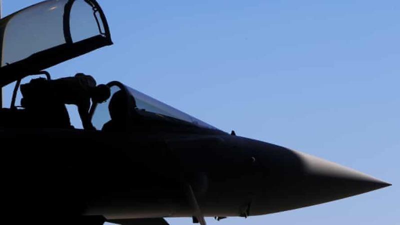 Không quân Hoàng gia Anh điều tra video 'quay cảnh tấn công tình dục phi công'