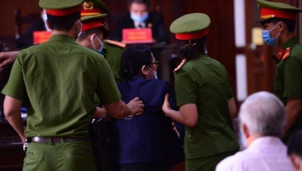 Tình tiết bất ngờ khiến phiên tòa xử nguyên Phó Chủ tịch UBND TP.HCM Nguyễn Thành Tài phải tạm dừng 5 ngày