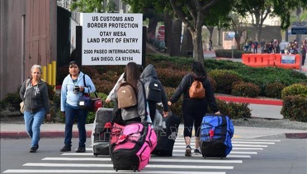 """Hạ viện Mỹ thông qua Đạo luật """"Giấc mơ Mỹ"""" về người nhập cư bất hợp pháp"""