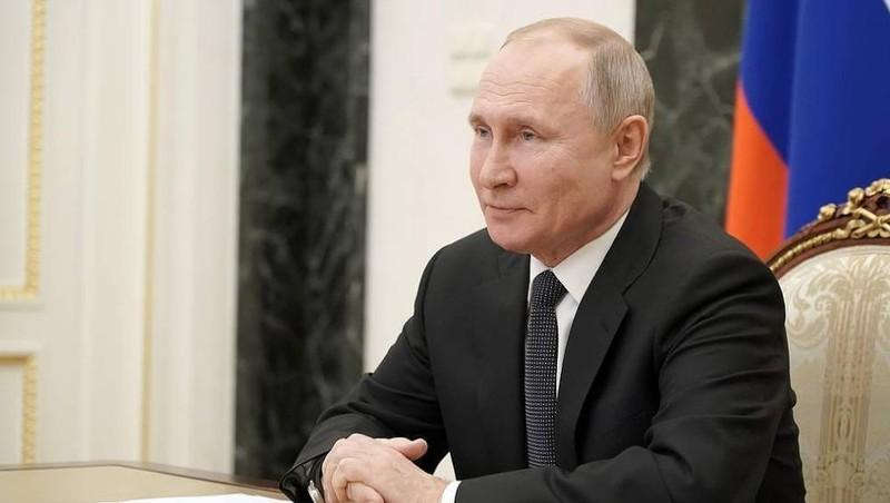 Hôm nay, Tổng thống Nga Putin tiêm vắc - xin ngừa COVID-19