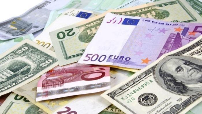 Không được thu phí giao dịch đối với giao dịch ngoại tệ