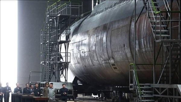 Bức ảnh chụp tàu ngầm phóng tên lửa đạn đạo của Triều Tiên. (Ảnh: Yonhap News)