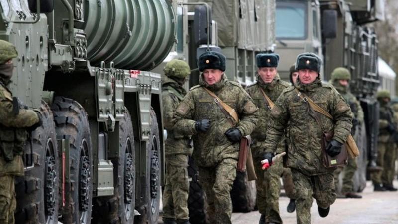 Biên giới Nga - Ukraine leo thang căng thẳng khi Nga tăng cường lực lượng chưa từng có kể từ năm 2014 tại đây (Ảnh minh họa: The Times).