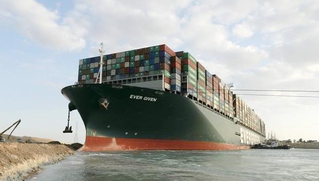 Siêu tàu chở hàng Ever Given sau khi được giải cứu ngày 29/3.