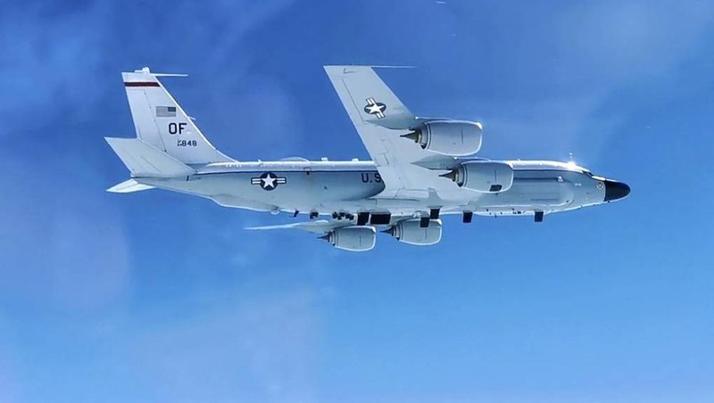 Máy bay trinh sát chiến lược RC-135.