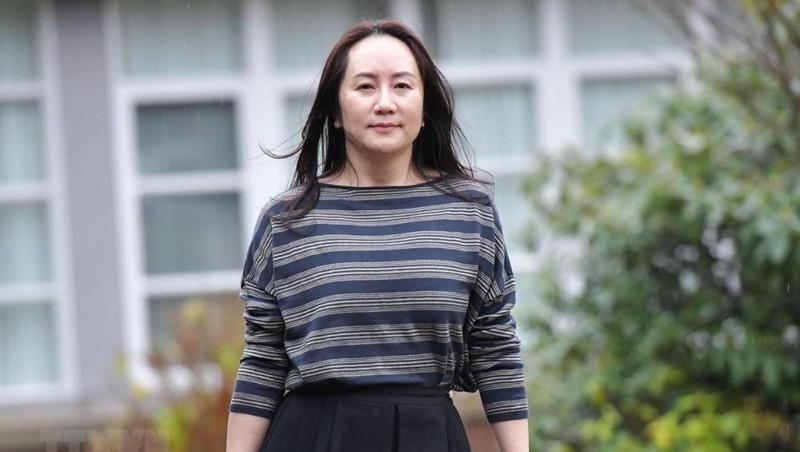 Giám đốc Tài chính của tập đoàn công nghệ Huawei (Trung Quốc) Mạnh Vãn Châu tới tòa án ở Vancouver, British Columbia, Canada, ngày 8/12/2020. (Ảnh: AFP/TTXVN)