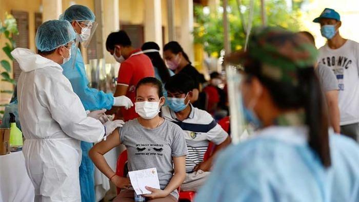 Campuchia thêm 730 ca nhiễm, Chủ nhật thành 'ngày đen tối'