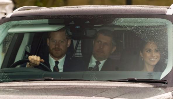 Vợ chồng Meghan lần đầu dự sự kiện Hoàng gia sau khi từ bỏ tước hiệu