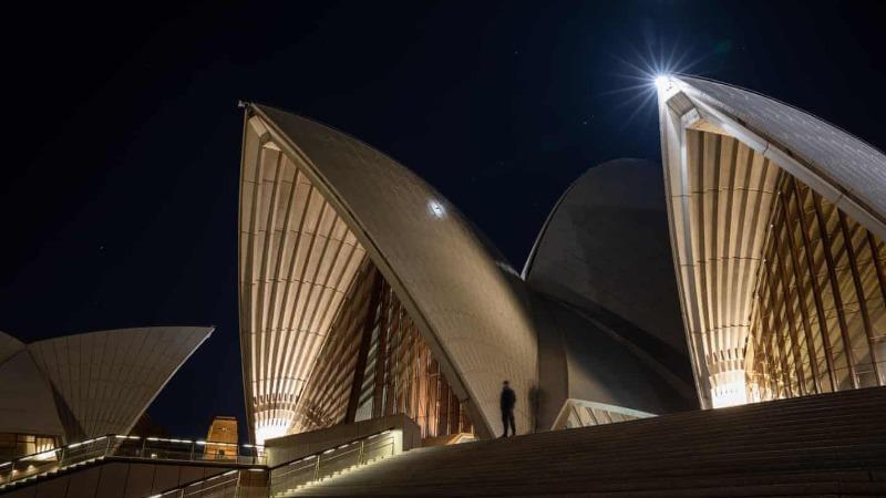 Những hình ảnh vắng lặng lạ kỳ của Nhà hát Opera Sydney - biểu tượng Australia
