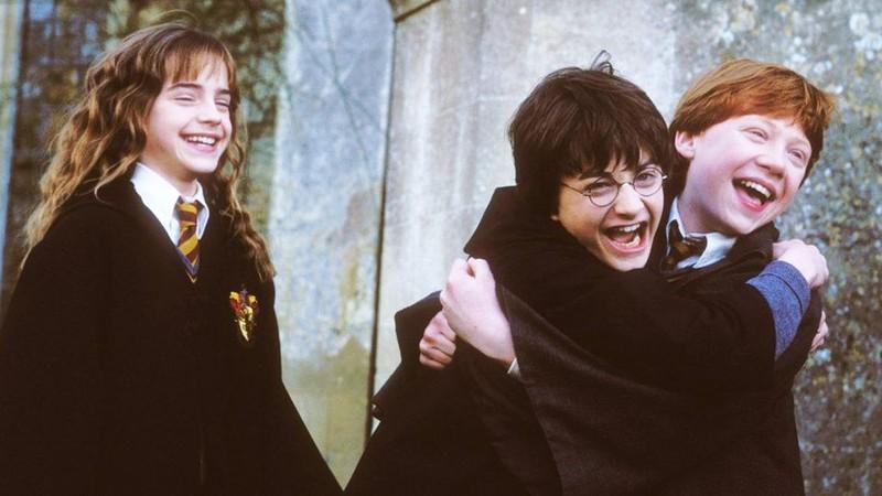 Daniel Radcliffe chia sẻ về mối quan hệ với bạn diễn 'Harry Potter'