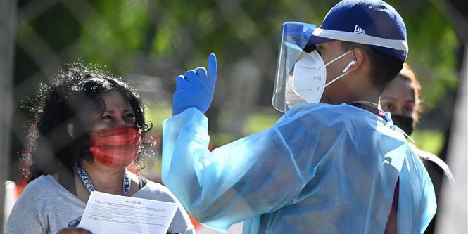 Dịch Covid-19 sáng ngày 9/12: Thế giới 68,5 triệu người nhiễm Covid-19, Campuchia đóng cửa tòa nhà Bộ Nội vụ