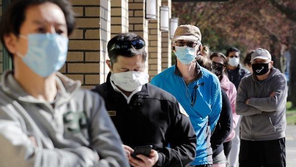 Dịch Covid-19 sáng ngày 2/2: Hàn Quốc sẽ tiêm vắc-xin Covid-19 miễn phí cho người nước ngoài