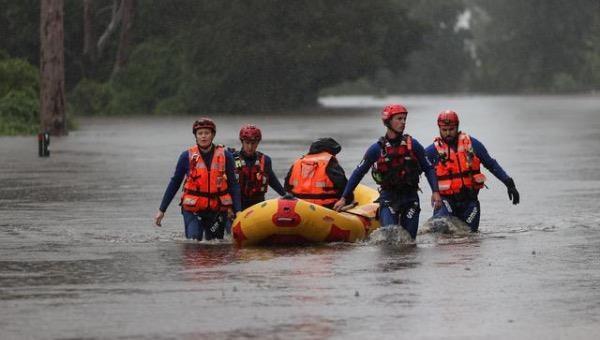 Mưa lớn kỷ lục khiến con sông Nepean ở phía tây thành phố Sydney bị tràn bờ, hàng loạt cư dân phải đi sơ tán.