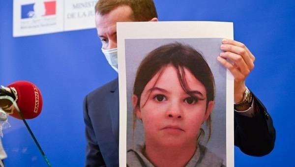 Mẹ tham gia 'chiến dịch quân sự' bắt cóc con gái 8 tuổi