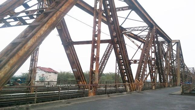 Người Hà Nội muốn giữ cầu Long Biên nguyên trạng