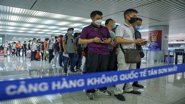 Công bố thêm 4 ca nhiễm Covid -19 tại Việt Nam, gồm 1 phi công