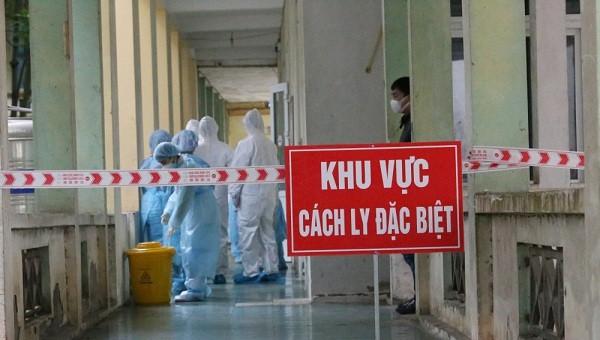 Bệnh nhân thứ 122 nhiễm COVID-19 tại Việt Nam là nhân viên quán rượu tại Thái Lan