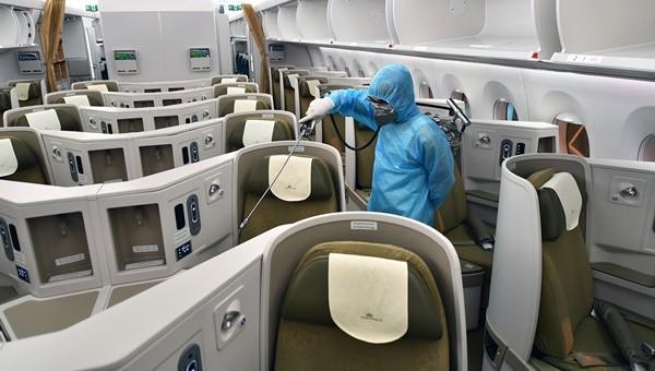 Hãng hàng không duy nhất phun khử trùng toàn bộ đội tàu bay khai thác trong ngày