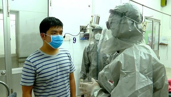 Thêm 11 ca bệnh COVID-19 tại Hà Nội khỏi bệnh