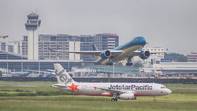 Vietnam Airlines và Jetstar Pacific tăng tần suất khai thác đường bay giữa Hà Nội và TP. Hồ Chí Minh từ 16/4. Ảnh: Vietnam Airlines