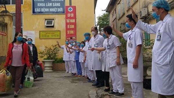 3 bệnh nhân mắc COVI-19 ở Hà Nam được công bố khỏi bệnh