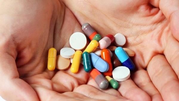 Tạm dừng xuất khẩu các loại thuốc điều trị COVID-19