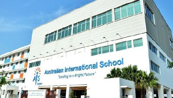 """TPHCM: Phụ huynh trường Quốc tế Úc """"cầu cứu"""" Bộ trưởng Phùng Xuân Nhạ"""