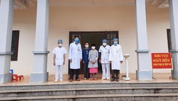 Cô gái người Mông ở Hà Giang đã khỏi bệnh