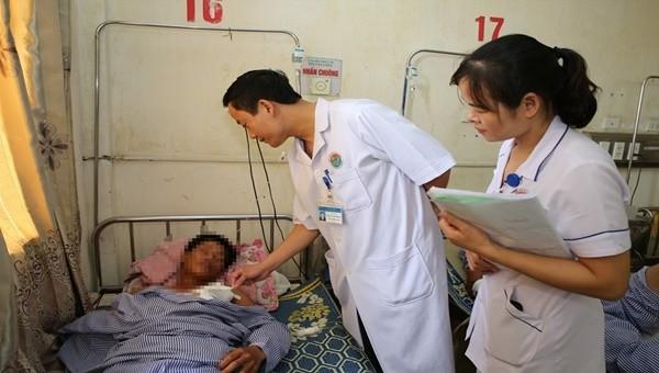Bệnh nhân bị tuốc nơ vít đâm xuyên phổi đã được phẫu thuật (Ảnh: BVCC)