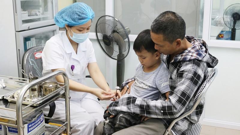 Chiến dịch tiêm vắc xin phòng, chống bệnh bạch hầu, trước hết thực hiện ở 4 tỉnh Tây Nguyên. Ảnh: minh họa