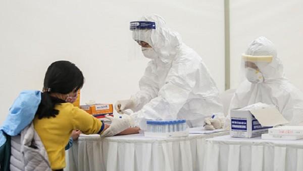 Bộ Y tế giao 3 đơn vị hỗ trợ Hà Nội xét nghiệm Covid-19
