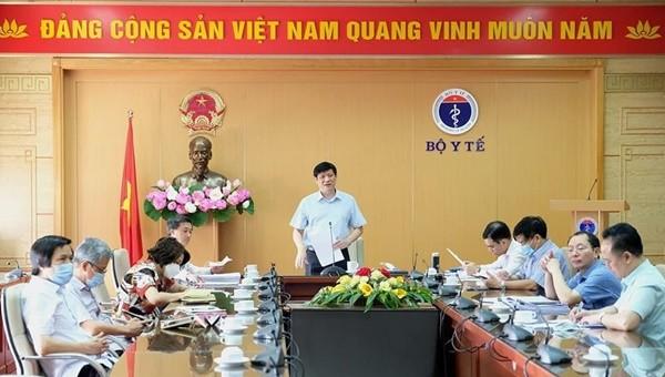Quyền Bộ trưởng Bộ Y tế Nguyễn Thanh Long tại buổi giao ban trực tuyến (Ảnh: Trần Minh)