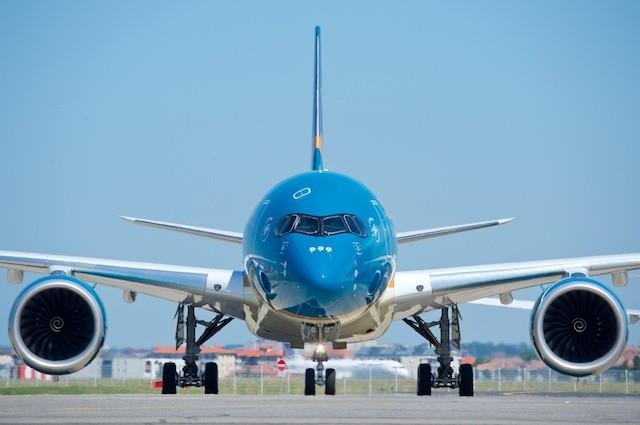 Vietnam Airlines nói gì về việc lây nhiễm SARS-CoV-2 từ tiếp viên hàng không