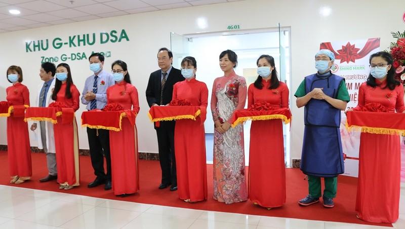 Sáng 2/12, Bệnh viện Đại học Y dược Shing Mark đã tổ chức lễ khai trương Đơn vị can thiệp tim mạch.