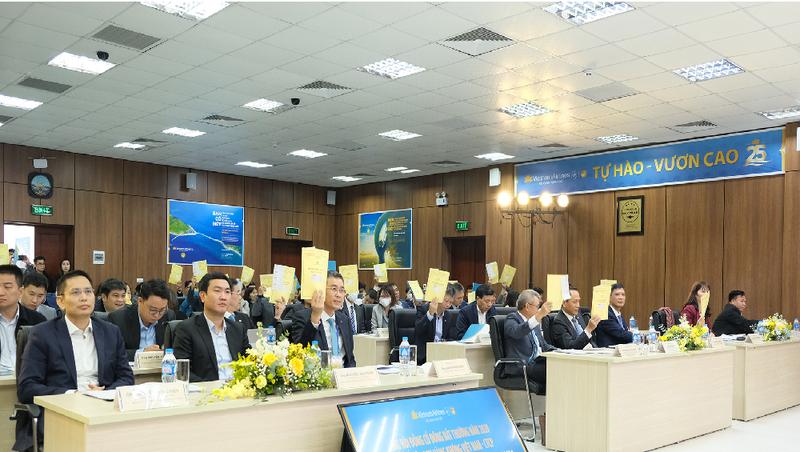 Vietnam Airlines tăng 8.000 tỷ đồng vốn điều lệ