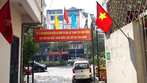 """Thủ đô Hà Nội khoác """"áo mới"""" với rực rỡ cờ hoa chào mừng Đại hội Đảng lần thứ XIII"""