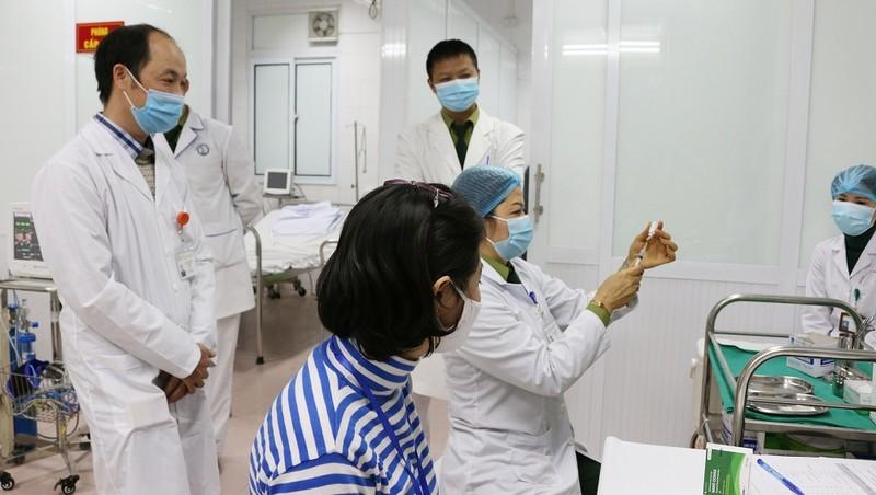 Cô giáo tiếng Anh chia sẻ lý do đăng ký tiêm thử nghiệm vắc xin Nanocovax
