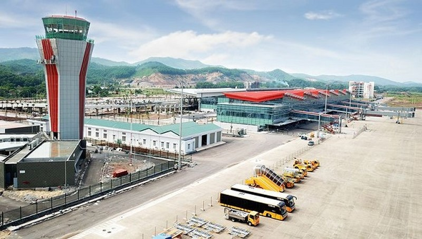 Tạm đóng cửa Sân bay Vân Đồn