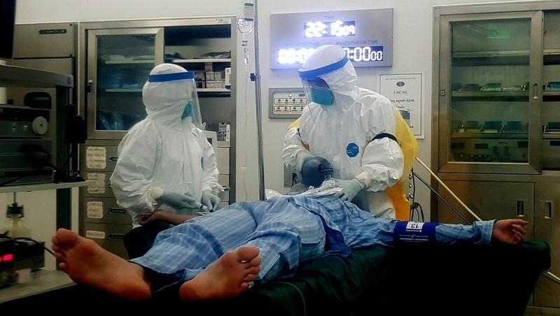Bộ Y tế: Bảo vệ nhân viên y tế, tuyệt đối không để lây nhiễm COVID-19