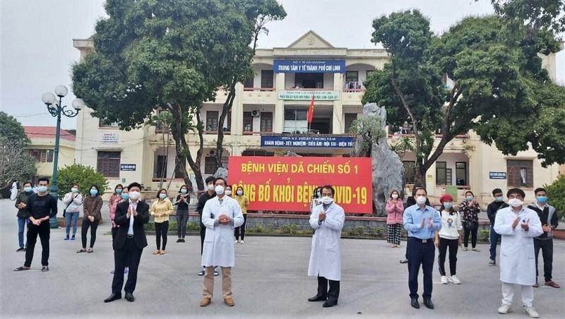 26 bệnh nhân được công bố khỏi bệnh, trong đó có 21 ca bệnh tại Bệnh viện dã chiến số 1.