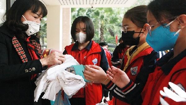 Từ ngày 8/3, học sinh một số nơi tại Hải Dương trở lại trường học