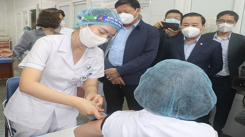 Sức khỏe của các trường hợp sốc phản vệ với vắc xin COVID-19 tại Hà Nội như thế nào?