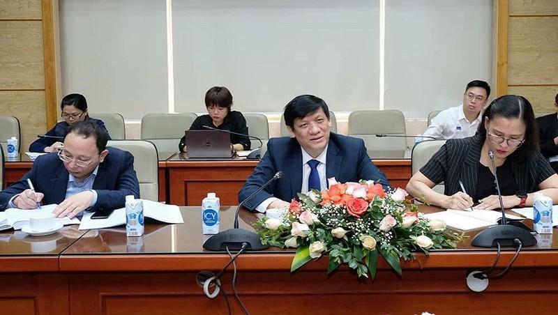 Bộ trưởng Bộ Y tế Nguyễn Thanh Long phát biểu tại buổi làm việc. Ảnh: Trần Minh