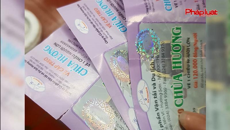 'Lật tẩy' màn 'ảo thuật' biến vé cũ thành vé mới tinh vi của Cáp treo chùa Hương
