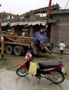 Hải Phòng:  Sập mái nhà văn hóa đang thi công, 9 người thương vong