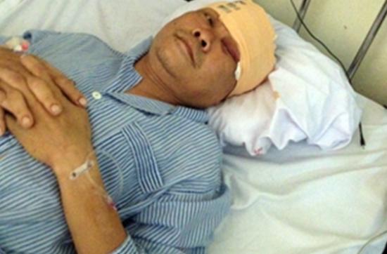 Quảng Ninh: Đánh vợ, chém cả công an đến giải quyết