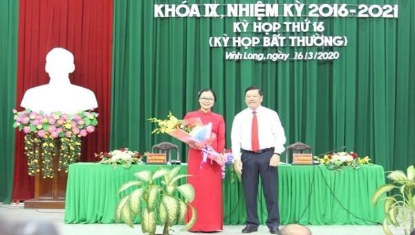 Bà Nguyễn Thị Quyên Thanh vừa được bầu làm Phó Chủ tịch UBND tỉnh Vĩnh Long.