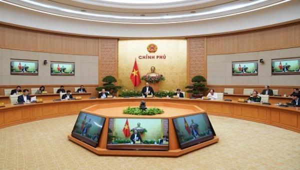 Thủ tướng Nguyễn Xuân Phúc chủ trì cuộc họp chiều 20/3. Ảnh: VGP