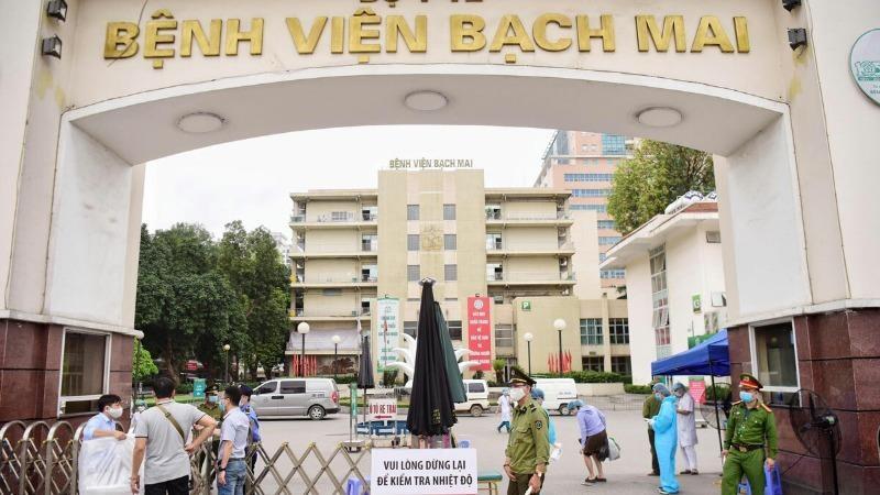 Bệnh viện Bạch Mai đề xuất cho bác sỹ đã âm tính được quay lại làm việc