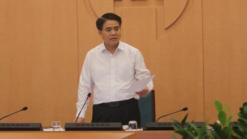 Chủ tịch UBND TP Nguyễn Đức Chung kết luận cuộc họp chiều 1/4.